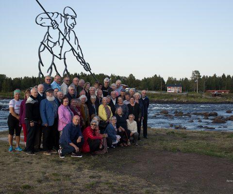 Et helt busslass leter etter sine kvenske aner i Finland og Sverige